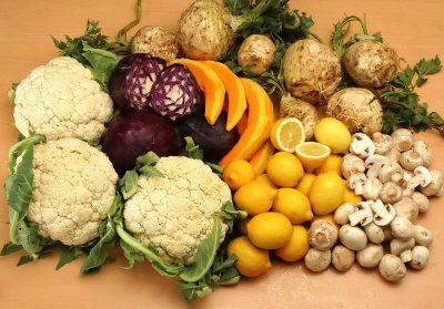 Fruit and vegetables. Image by FreeDigitalPhotos.net