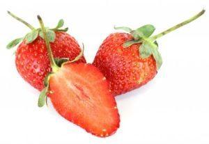 Kryptonite for daddy, Strawberries. Image courtesy of gt_pann at FreeDigitalPhotos.net