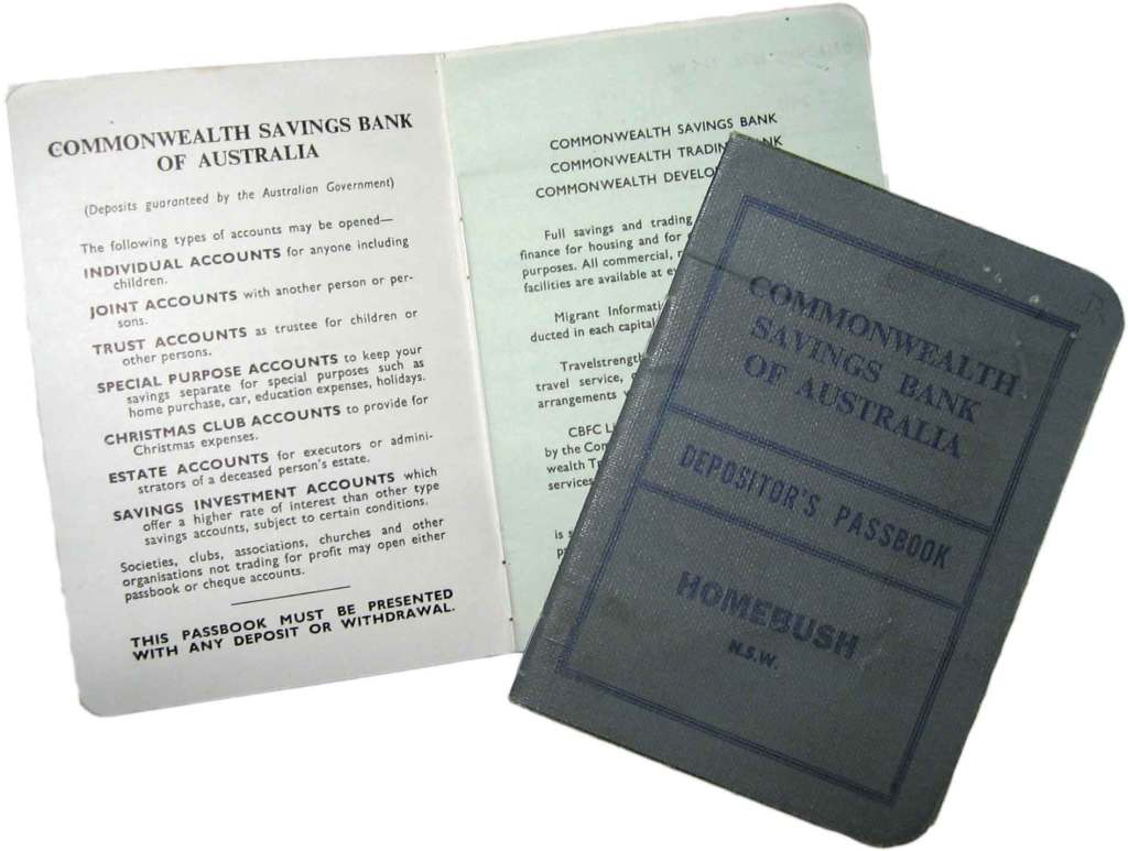 Old Passbook - Just like the one I had. Picture from Wikipedia -http://en.wikipedia.org/wiki/Commonwealth_Bank