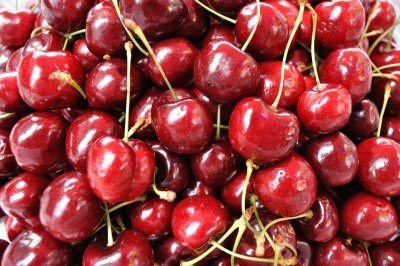 Cherries that have just been picked. Image courtesy of ntwowe / FreeDigitalPhotos.net