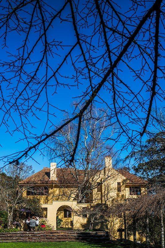 Everglades Historic House & Gardens. Image supplied via Blue Mountains Tourism