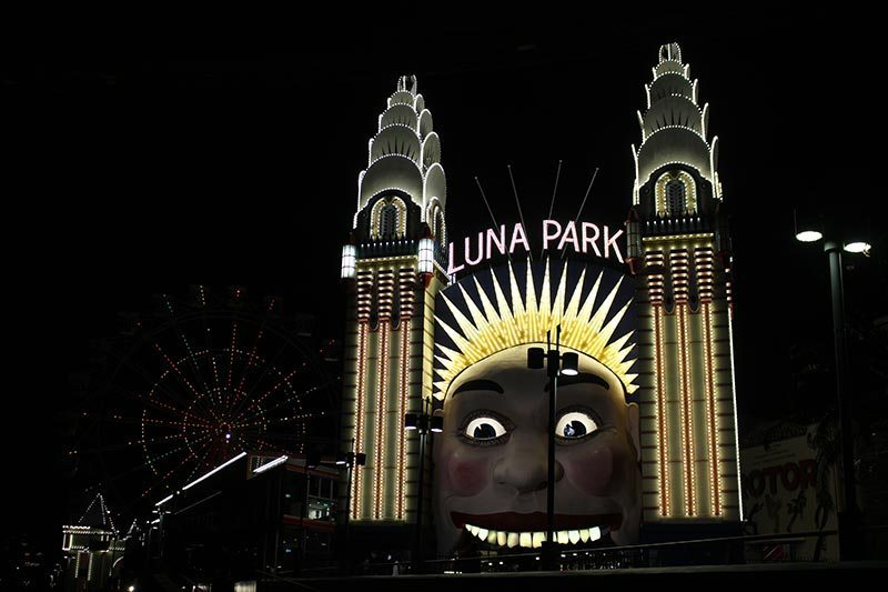 We had a 4pm show at Luna Park and when we left it was dark. The ferry trip was amazing for the twins. They loved seeing the city lit up.
