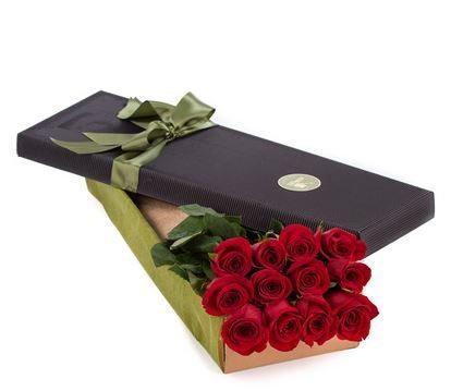 12 Premium Red Roses In Black Presentation Box