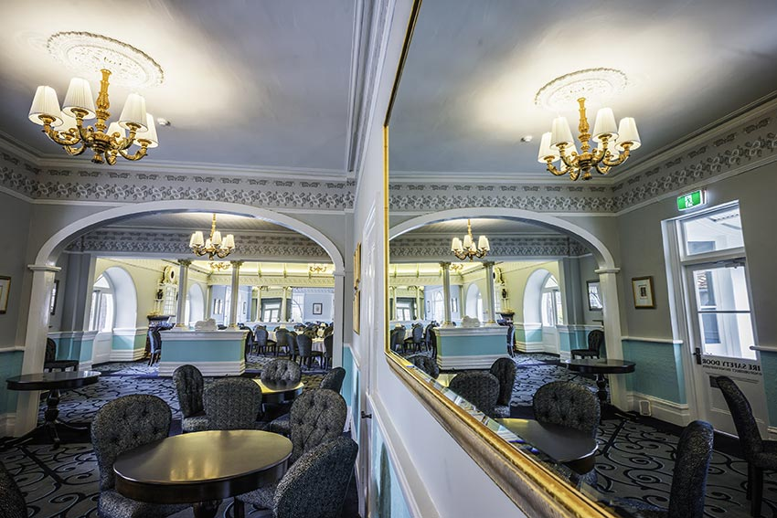 Stylish refurbishment bring the Hydro back to life.  Image by David Hill, Blue Mountains Lithgow & Oberon Tourism