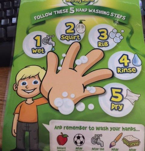 In my pack from Dettol I have a laminated card. This will be put up in the bathroom once the renovations are complete. It lists all 5 tips to ensure you have really well washed hands.