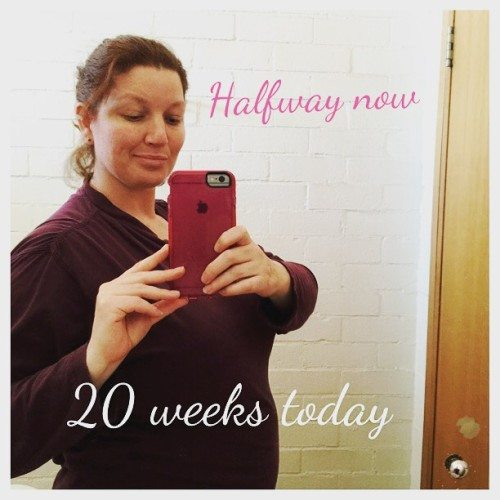 Today I'm 20 weeks with baby number 3. I'm at the half way mark if I go to term. If you had premmie twins before and then had a singleton, did you go full term? #pregnant #pregnancy #twins #singleton #20weekstoday #parenting