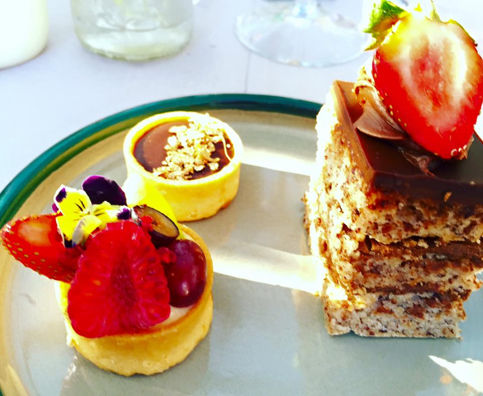 The yummy desserts at the lunch. I had to have all 3.... Yes naughty I know.