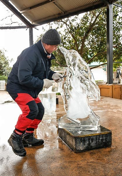 Live Ice Sculpting by Kenji Ogawa
