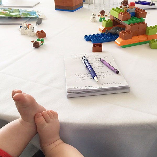 My helper had to put his feet up. To much building with LEGO DUPLO. He had a well earned rest.