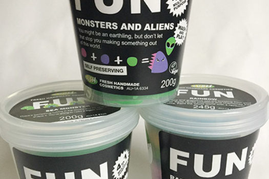 LUSH FUN Soap For Bath-stronauts & Earthlings
