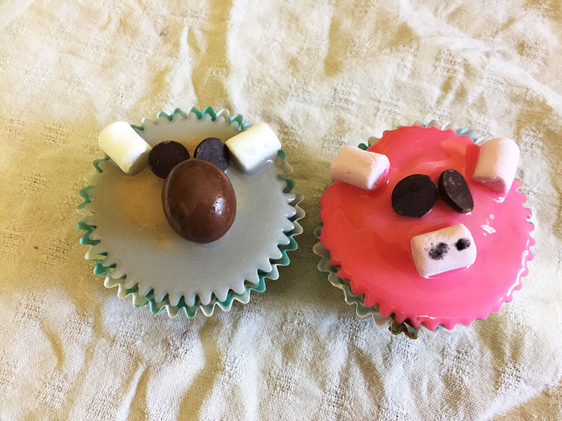 Buster Moon (Koala) and Rosita (Pig) Cupcakes inspired by the movie SING.