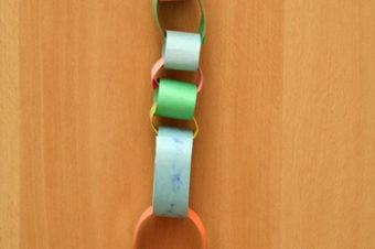 Make a Paper Chain Calendar