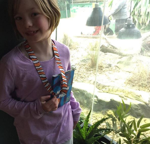 Lillian my little Animal Planet Ranger. She is having fun spotting all the animals at WILDLIFE Zoo in Darling Harbour.