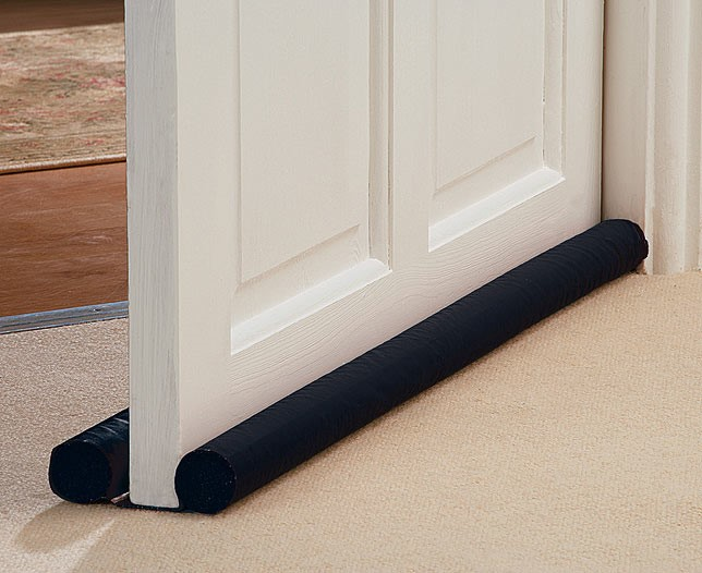 Twin draught stoppers – Means no breeze can come under the doors