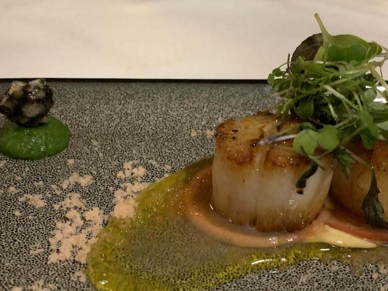 I loved the way the scallop dish was presented. It reminded me of under the sea and coral. Was one of my favourite dishes, and very yummy!